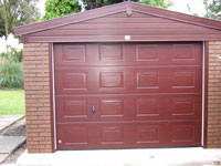 10' wide Rosewood Woodthorpe with sectional panelled door
