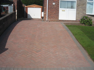 Block paved drive with new garage (Stoke-on-Trent area)